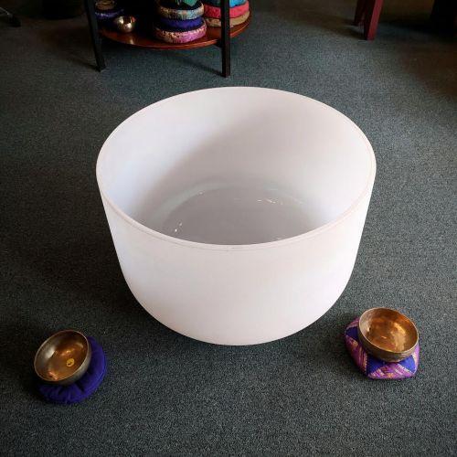 Skinny Beats Sound Shop - Weekly Sound Healing Meditations ... Quartz Crystal Bowls